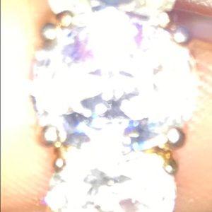 Ladies ring cz ring